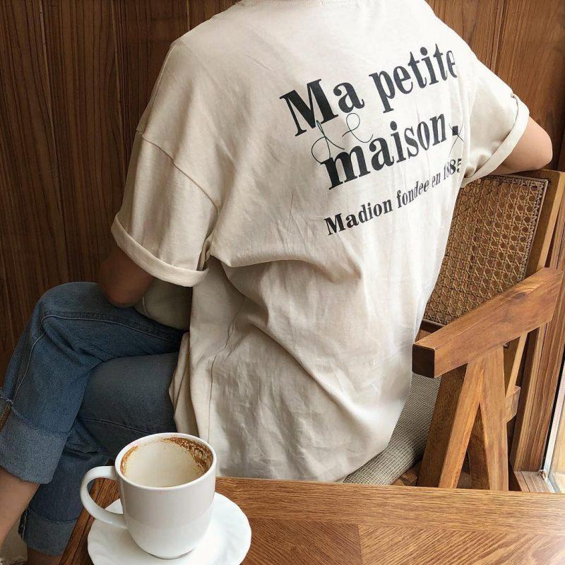 Những mẫu áo phông in chữ phong cách Vintage cực Tây dành cho các cô nàng hè này