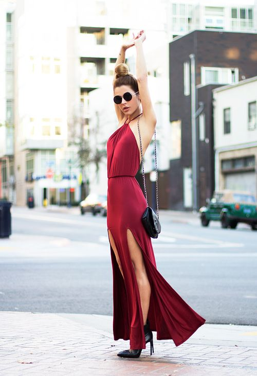 cách mix váy maxi với các phụ kiện hợp lý như giày cao gót