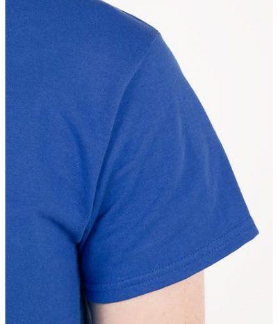 áo thun cổ tròn màu xanh tay áo