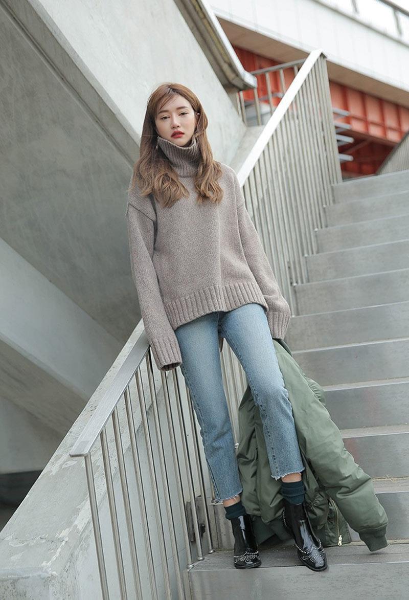 Áo len mang lại vẻ ngoài thời trang, cực ấn tượng cho người mặc