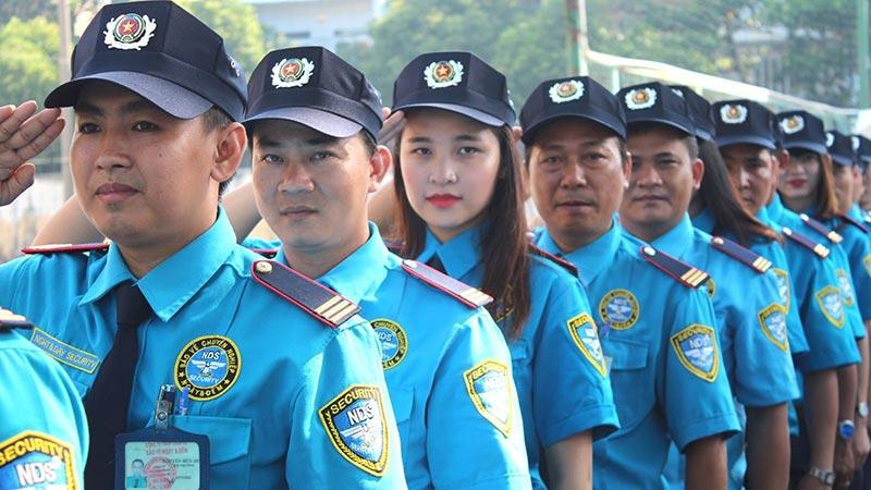Đồng phục bảo vệ như nguồn sức mạnh giúp người mặc hoàn thành tốt nhiệm vụ