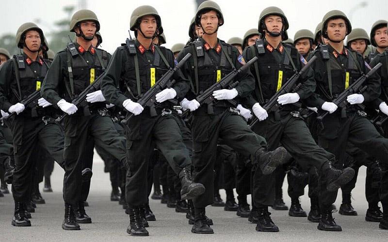 Đồng phục lực lượng cảnh sát cơ động