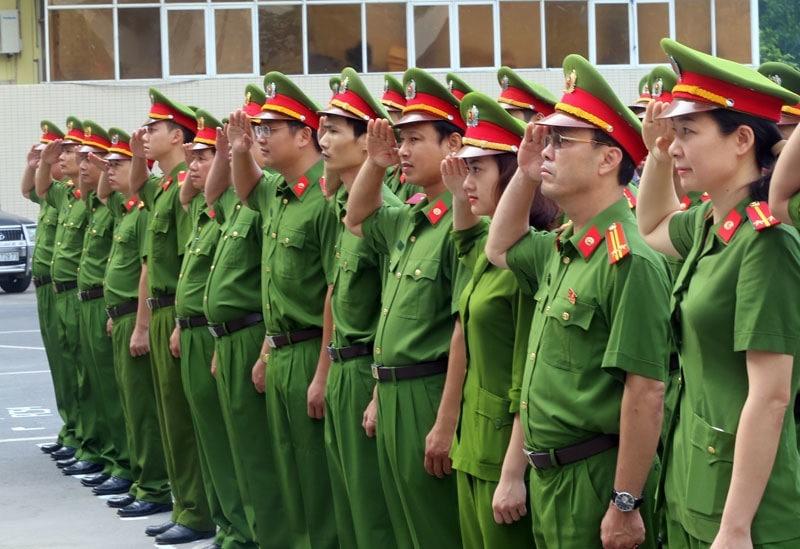 Đồng phục lực lượng công an