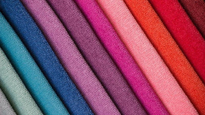 Mỗi màu sắc sử dụng cho đồng phục lễ tân đều phải có ý nghĩa