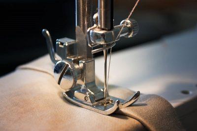 cách lắp kim máy khâu công nghiệp