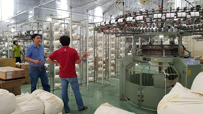 Quản lý lên kế hoạch cho toàn bộ quá trình sản xuất sản phẩm may mặc