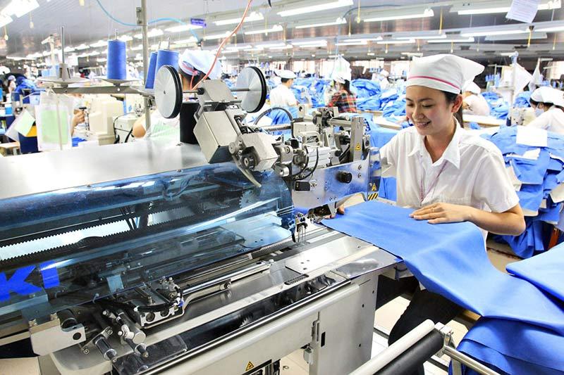 quy trình sản xuất hàng may mặc