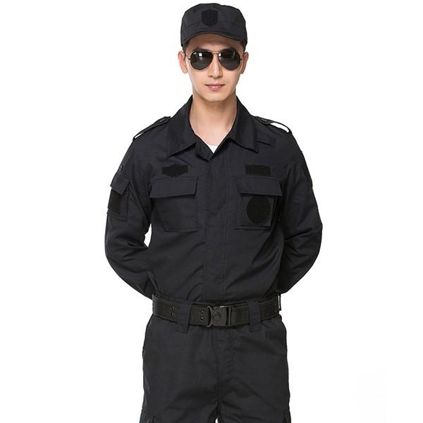 Đồng phục bảo vệ phải có chất vải tạo cảm giác thoải mái cho người mặc dù là mùa đông hay mùa hè