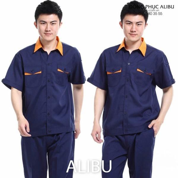 Bộ áo công nhân xây dựng được thiết kế tối giản tạo cảm giác linh hoạt cho người mặc