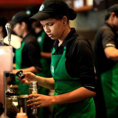 Mẫu đồng phục Starbucks